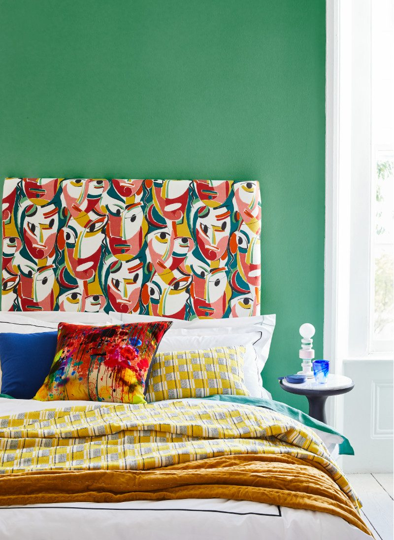 Livingetc Cubist inspired feature – Bold headboard